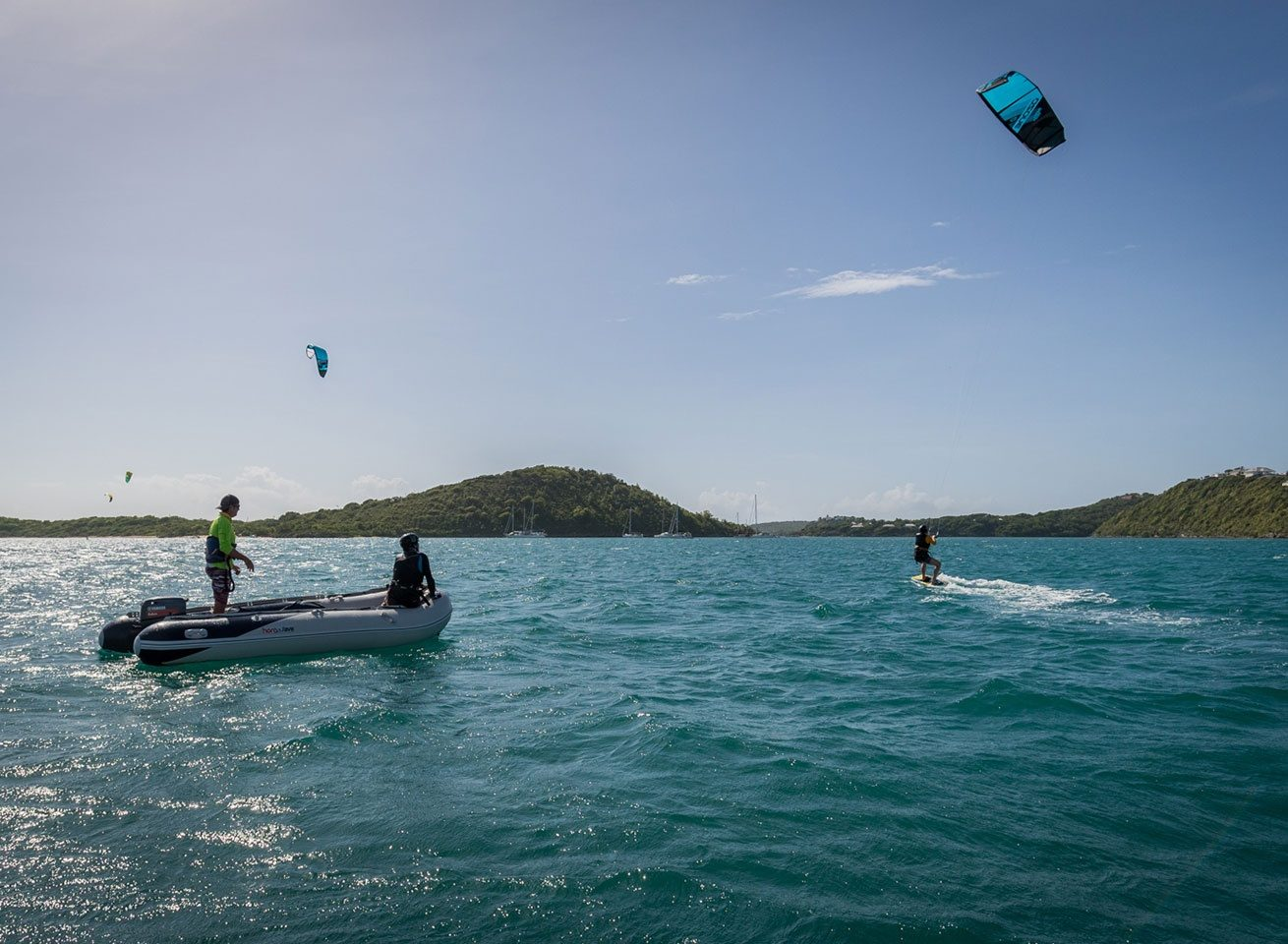 learn to kite at green island with a certified instructor
