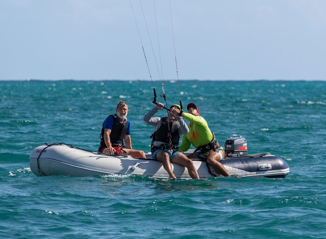 kitesurf lesson at green island for beginners