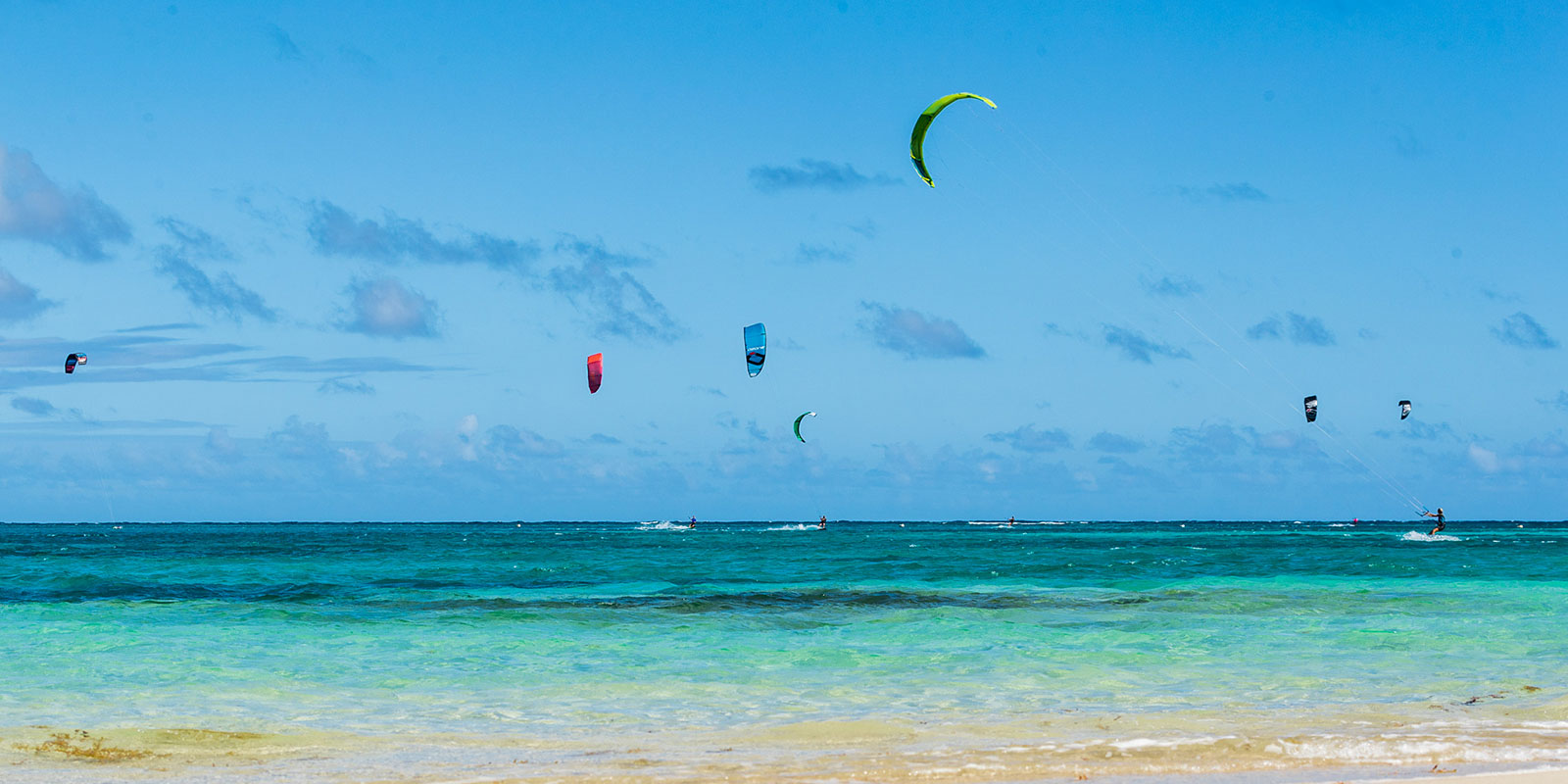 kiting in antigua at 40knots